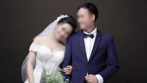 Trái ngang chuyện chồng đăng ảnh nhờ cộng đồng mạng tìm vợ và nhân tình