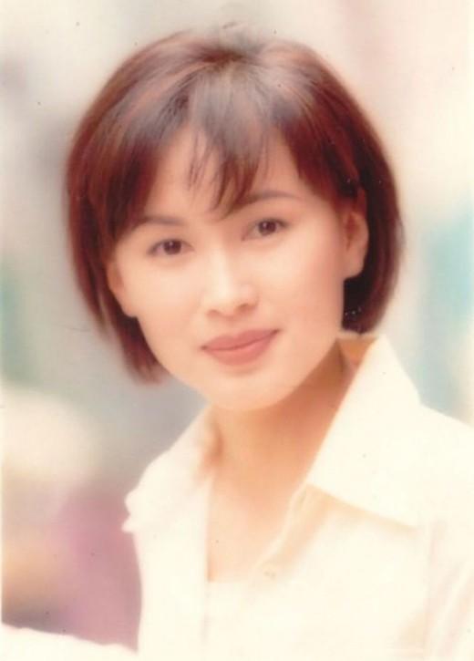 Trần Tú Văn là nữ ngôi sao được bao người yêu mến trên màn ảnh.