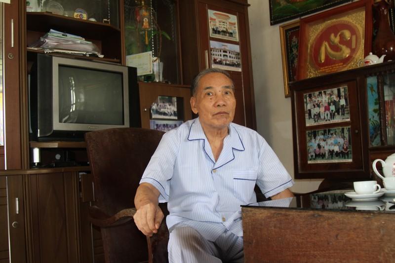 Thầy giáo Lê Kim Toàn- Giáo viên chủ nhiệm lớp học của  Chủ tịch nước Trần Đại Quang