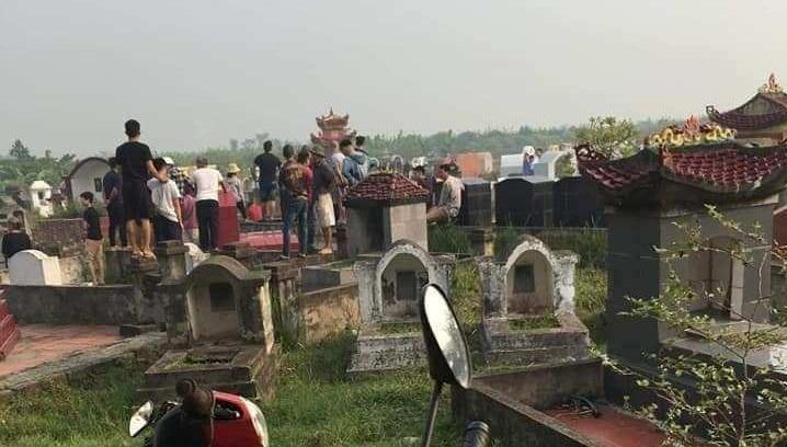 Người đàn ông giết bạn gái tại nghĩa trang rồi tự tử bất thành