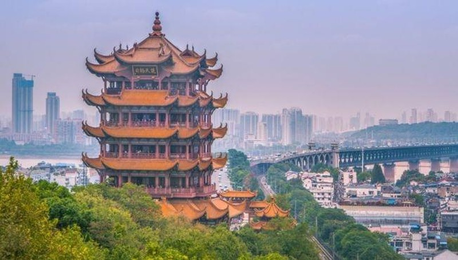 Virus viêm phổi bí ẩn bùng phát ở Trung Quốc, 11 người nguy kịch
