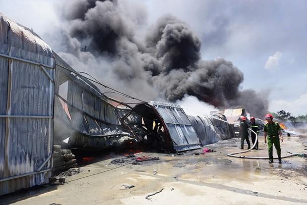 Thanh Hóa: Cháy lớn tại khu công nghiệp Tây Bắc Ga - Ảnh 4.