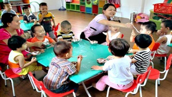 Từ 01/11, thêm nhiều trẻ mầm non được hỗ trợ tiền ăn trưa (Ảnh minh họa)