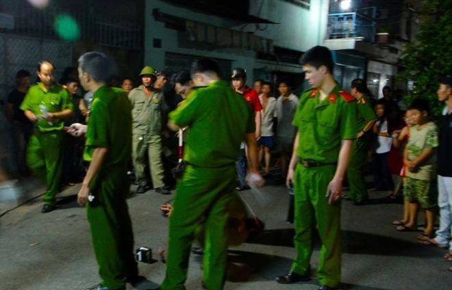 Công an điều tra một vụ án mạng tại TP Hồ Chí Minh.