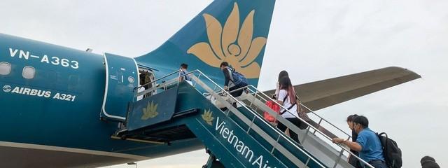 Vụ đốt khăn trên máy bay: Hành khách có được phép mang theo bật lửa? - 1
