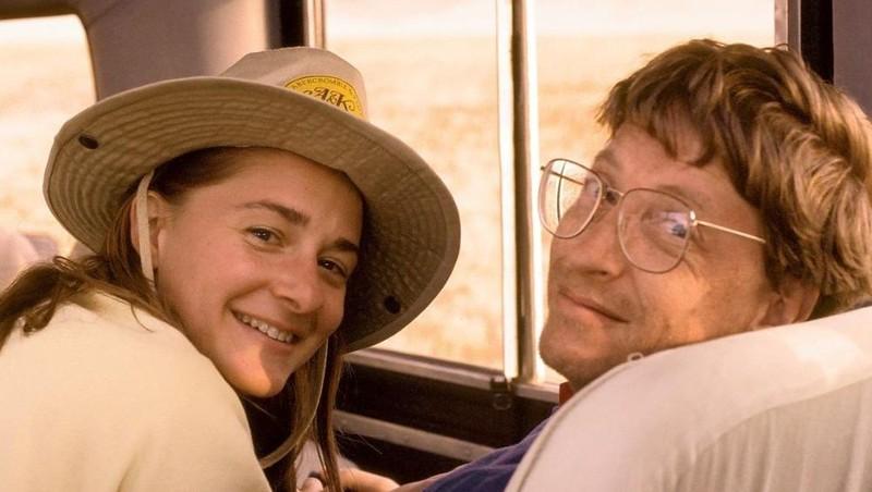 Bà Melinda (trái) và chồng tỷ phú Bill Gates.