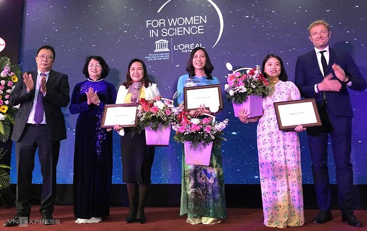 Vinh danh 3 nhà khoa học nữ xuất sắc năm 2019