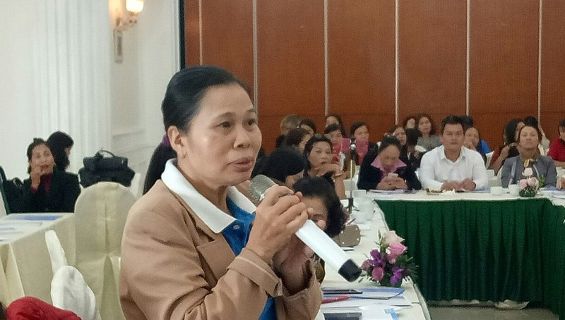 Chị Vũ Thị Quê chia sẻ những khó khăn mà PNKT phải đối mặt