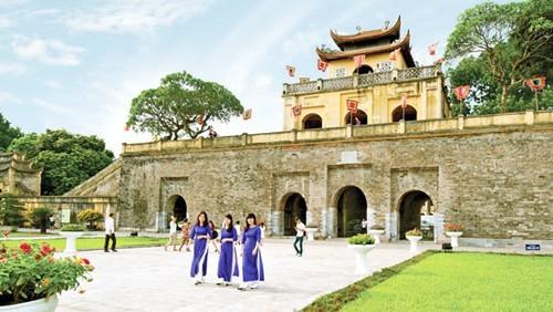 Hoàng Thành Thăng Long đã ra thông báo đón khách trở lại vào ngày 6/2