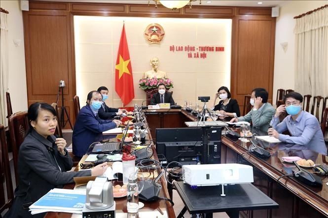 Thứ trưởng Bộ LĐ-TBXH Việt Nam ông Lê Văn Thanh tham gia Hội nghị trực tuyến Bộ trưởng Lao động và Việc làm đặc biệt G20 về Covid-19.
