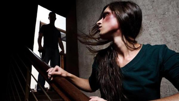 Chỉ 12% trường hợp phụ nữ bị bạo lực gia đình trình báo có kết quả buộc tội hình sự