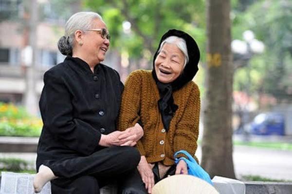 Tuổi thọ trung bình của người Việt Nam là 73.6, cao hơn nhiều nước