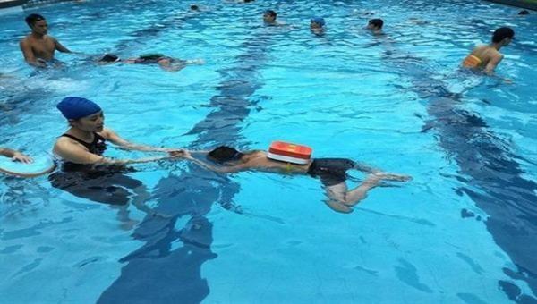 Học chuyên gia quốc tế kiến thức phòng, chống đuối nước cho trẻ em