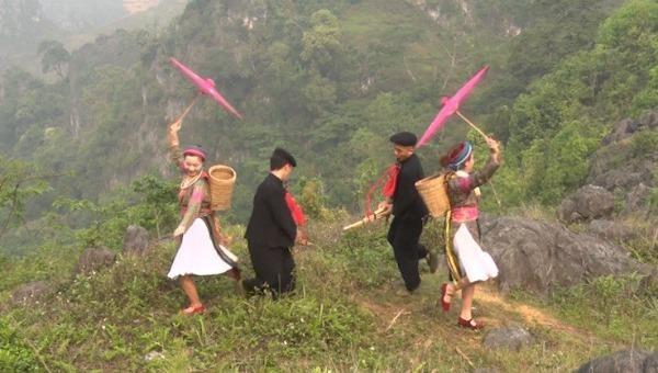 Lễ hội khèn Mông trên cao nguyên đá Đồng Văn