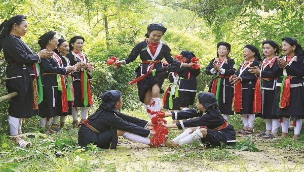 Trò chơi dân gian thiếu nghi dân tộc Sán Dìu (ảnh minh họa)