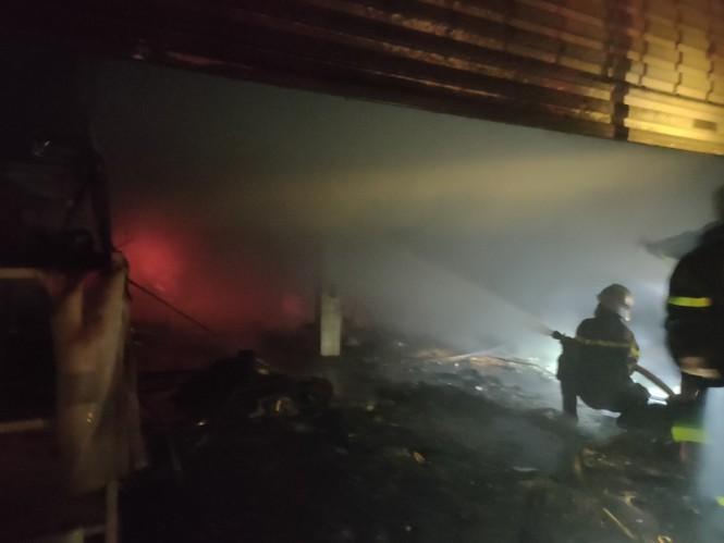 """Cửa hàng điện máy thiệt hại hơn 2 tỷ đồng vì """"bà hỏa"""" ghé thăm"""
