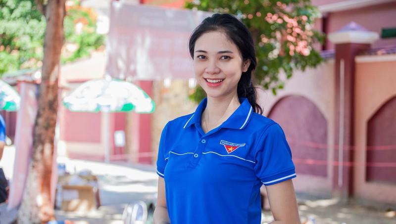 Thí sinh Hoa hậu Việt Nam 2020 tham gia tình nguyện 'gây thương nhớ'