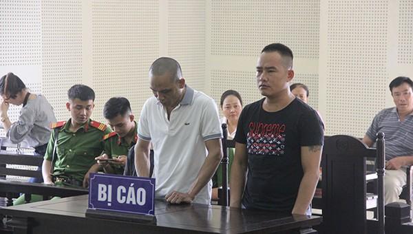 Hai bị cáo tại tòa