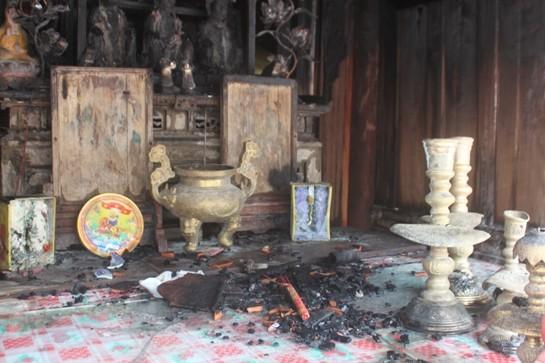 Hoả hoạn tại đền Nhạn Tháp, nhiều hiện vật quý bị thiêu rụi