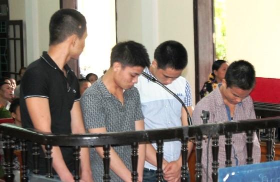 46 năm tù cho 4 thanh niên đánh chết người