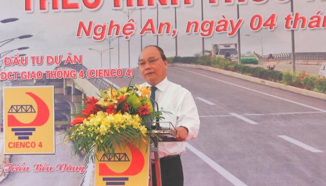 Khánh thành, thông xe cầu vượt đường sắt đầu tiên tại Nghệ An