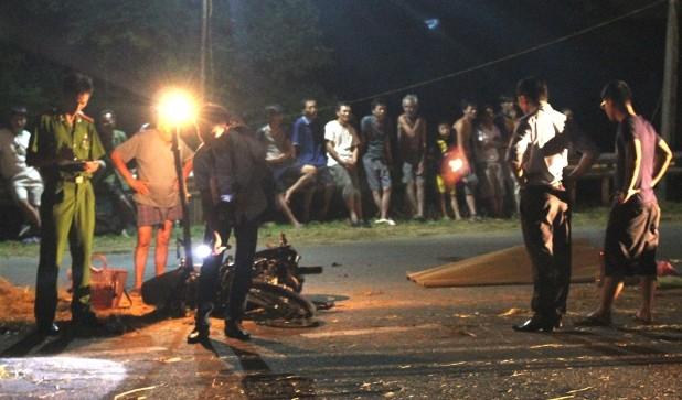 Hai xe máy đấu đầu, 3 người thương vong