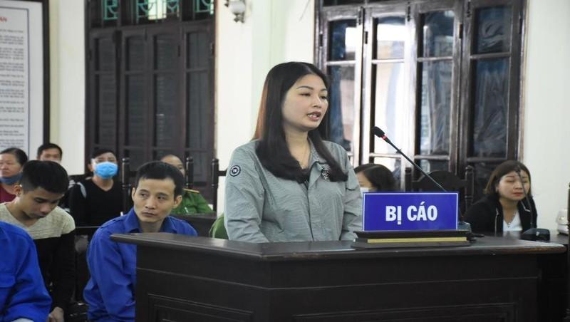 Vợ nguyên chủ tịch phường thuê người đánh cán bộ Tư pháp
