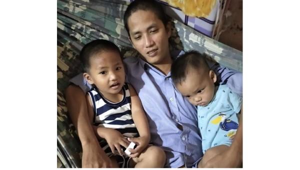 Xót xa cảnh người vợ trẻ cầu xin lòng hảo tâm cứu chồng bệnh hiểm nghèo