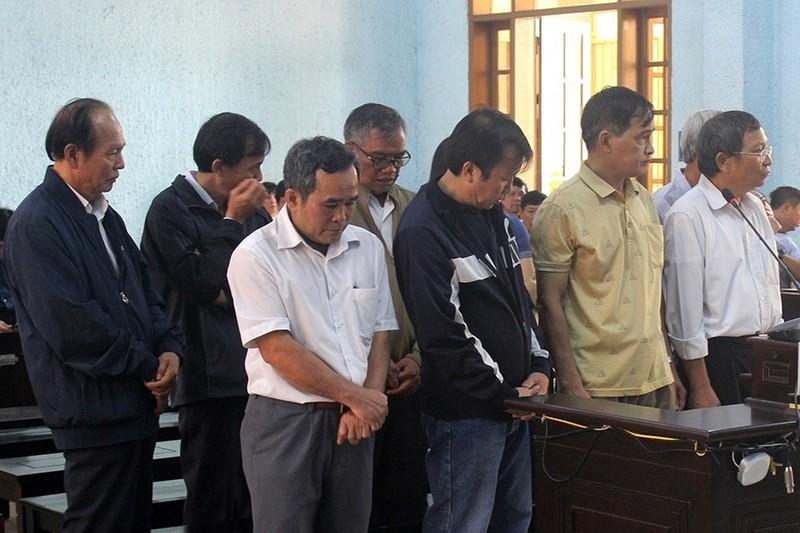 """Gia Lai: """"Thao túng"""" đấu thầu thuốc, nguyên dàn lãnh đạo sở và thuộc cấp lãnh án"""