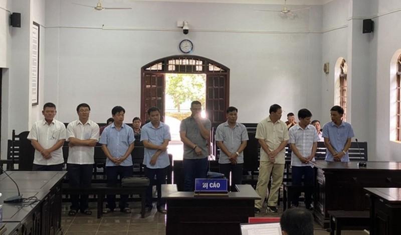 Đắk Nông: Tuyên án 9 cán bộ huyện Tuy Đức cấp đất cho bản thân và người nhà lãnh đạo