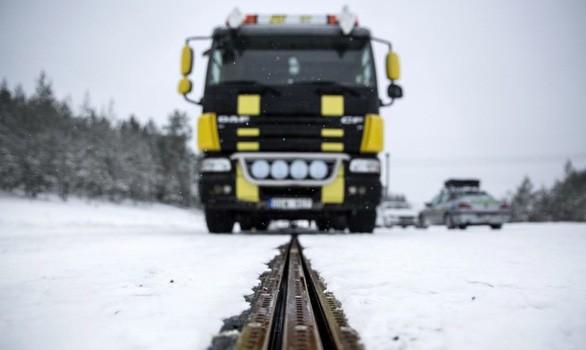Thuỵ Điển điện khí hoá xe buýt, đường sá để giảm phát thải CO2