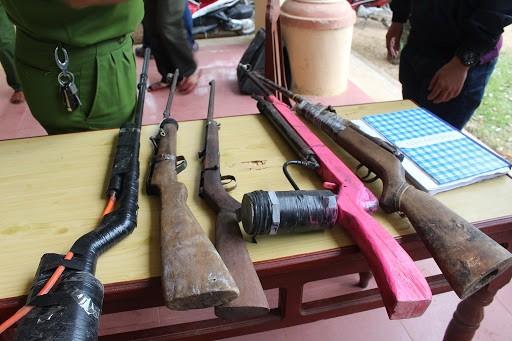 Từ vụ sử dụng súng săn gây chết người: Luật pháp quy định thế nào về việc mua bán, tàng trữ, sử dụng vũ khí, công cụ hỗ trợ?