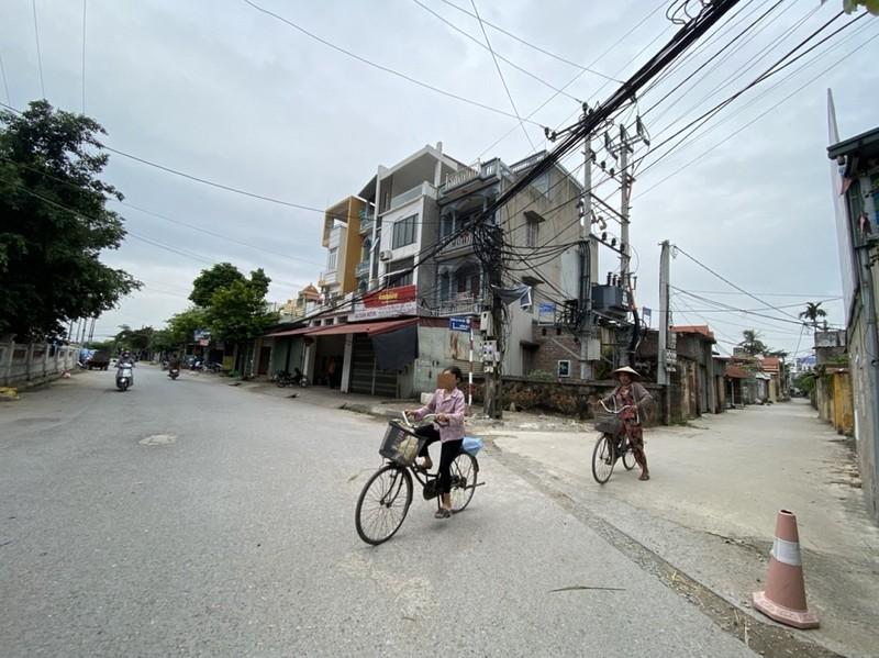 """Thanh Oai, Hà Nội: Cần làm rõ việc lãnh đạo xã Bình Minh """"chống lưng"""" cho xây nhà trên đất nông nghiệp"""