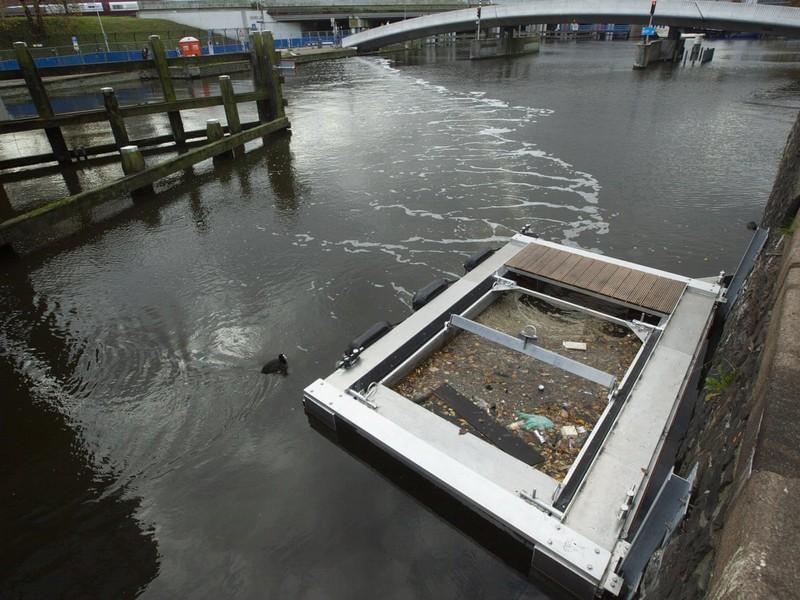 """Mô hình """"đánh bắt nhựa"""" ở thành phố Amsterdam"""