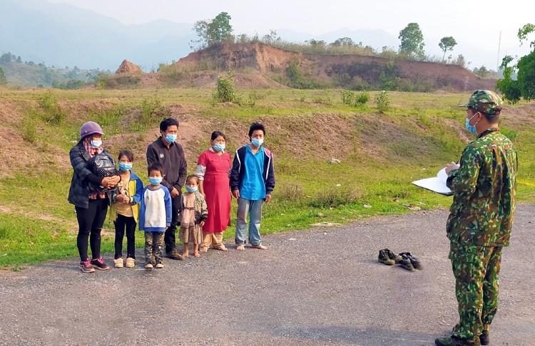 Bắt giữ 7 đối tượng nhập cảnh trái phép ở Điện Biên