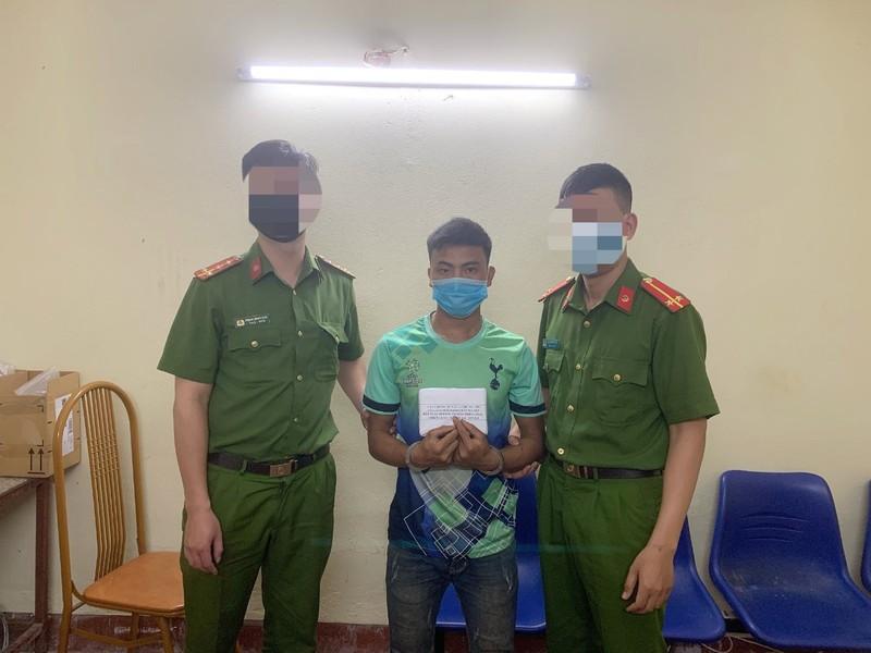 Bắt giữ thanh niên người Mông mua bán heroin