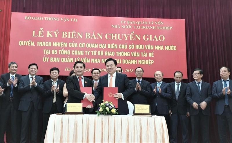 Thủ tướng yêu cầu Bộ GTVT và Ủy ban Vốn trong đầu tháng 3 này phải báo cáo phương án sắp xếp đối với Tổng công ty ĐSVN