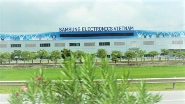 """Kể chuyện """"hậu trường"""" cấp điện cho Samsung"""