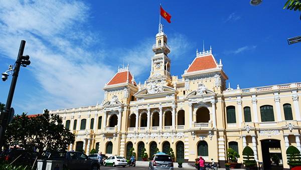 Tòa nhà UBND TP HCM được xem là một trong những công trình kiến trúc cổ kính nổi tiếng của Thành phố.