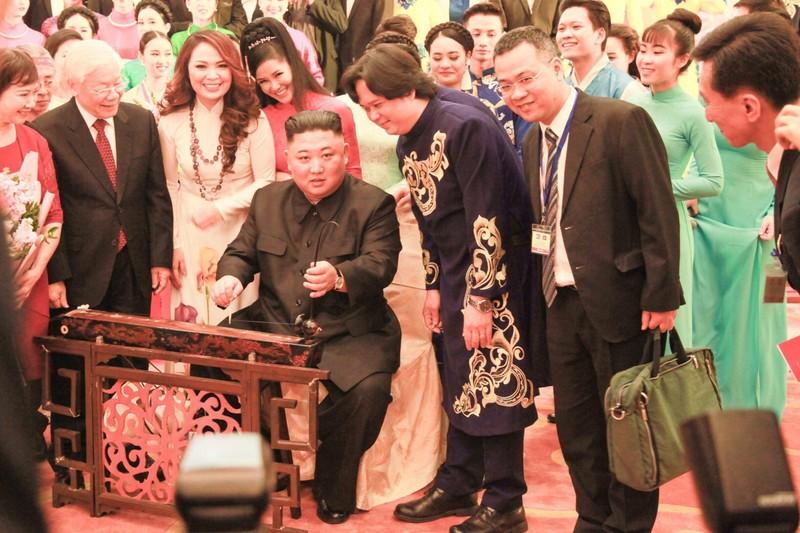 Ca sỹ Thái Bảo và kỷ niệm không quên với Lãnh đạo Triều Tiên Kim Jong -un