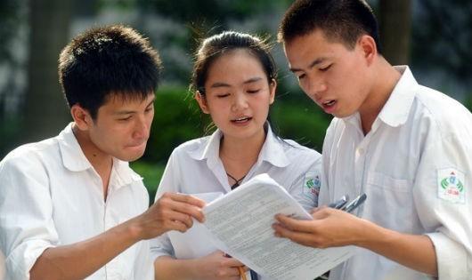 Thí sinh đăng ký thi THPT quốc gia giảm