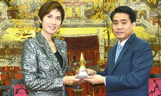 Thúc đẩy nhiều lĩnh vực hợp tác đầu tư giữa Hà Nội – Singapore