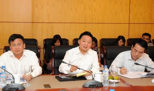 Bộ Trưởng Trần Hồng Hà làm việc với tỉnh Vĩnh Phúc. Ảnh: BTN