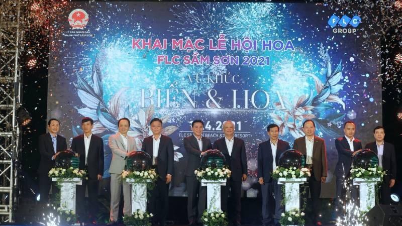 Đêm nghệ thuật khai mạc lễ hội hoa FLC Sầm Sơn thu hút hàng vạn du khách
