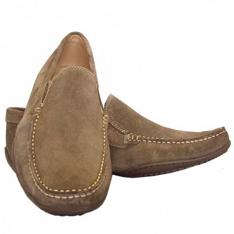 lỗi thường gặp khi phối đồ công sở nam với giày lười