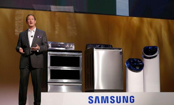 Samsung thu hồi 2,8 triệu máy giặt vì lo người dùng bị thương