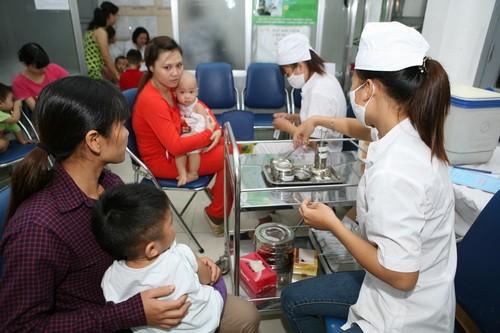 Tiêm vắc-xin là biện pháp phòng bệnh hiệu quả nhất. Ảnh: TM