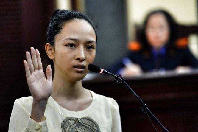 Vụ Hoa hậu Phương Nga: Cơ quan điều tra tạm đình chỉ vụ án