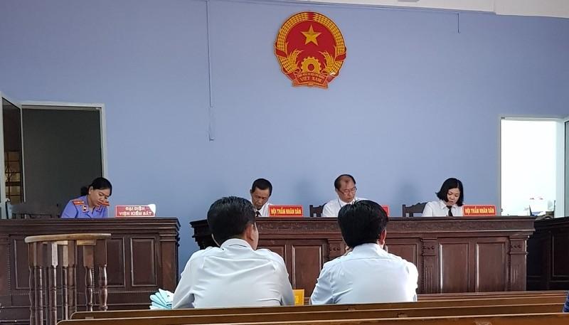 """Vụ Phó Giám đốc Trung tâm phát triển quỹ đất tỉnh Tây Ninh bị buộc thôi việc:  Khi Giám đốc Sở """"dàn trận"""" xử cấp dưới"""