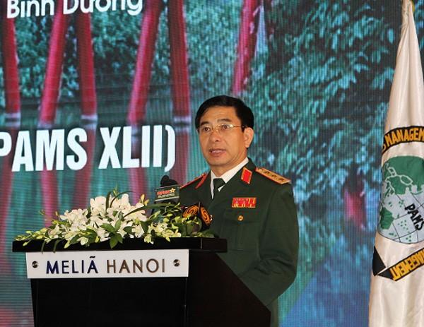 Thượng tướng Phan Văn Giang phát biểu tại lễ khai mạc.